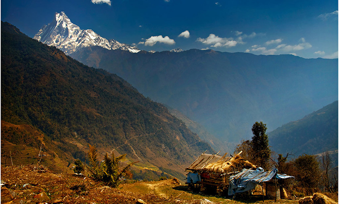 nepal trekking tour adventure